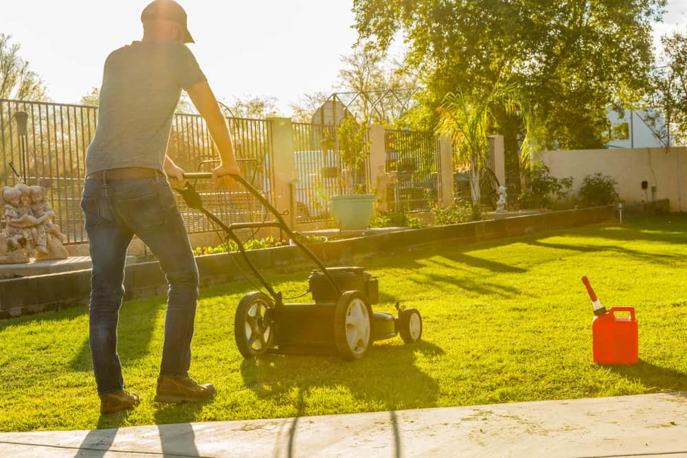 california-bill-1346-may-ban-gas-powered-lawn-equipment-in-2024